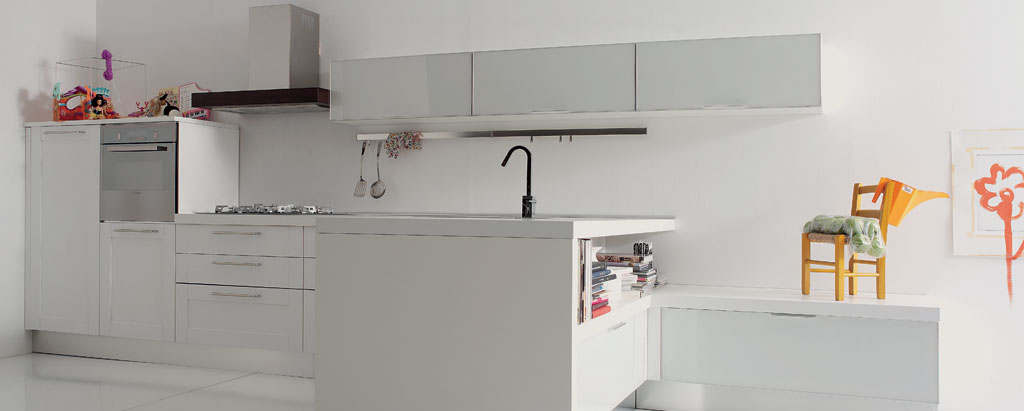studio apartment kitchen